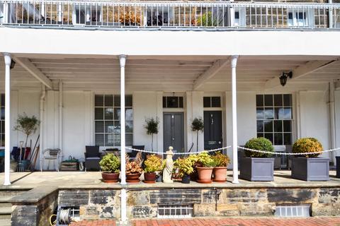 4 bedroom terraced house for sale - Calverley Park Crescent, Tunbridge Wells, Kent, TN1