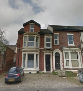 2 bedroom flat to rent - 30 Raikes Parade, BLACKPOOL FY1