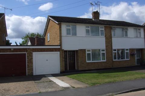 3 bedroom semi-detached house to rent - Longshots Close, , Broomfield, CM1 7DU