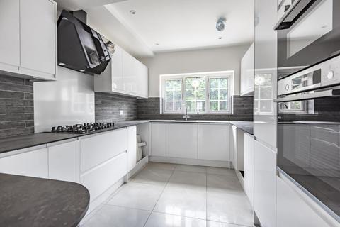 4 bedroom detached house for sale - Staines Upon Thames, Surrey, TW18