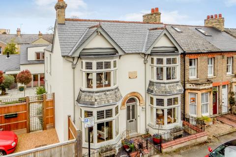 6 bedroom house for sale - Marshall Road, Cambridge