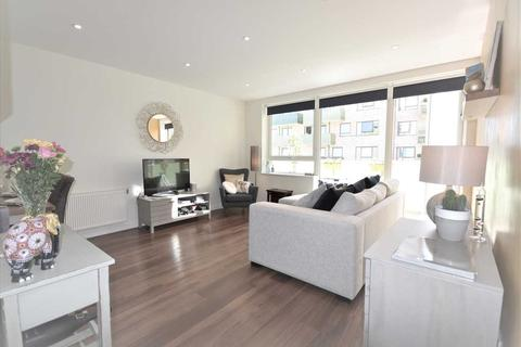 2 bedroom property for sale - Alacia Court, Acton
