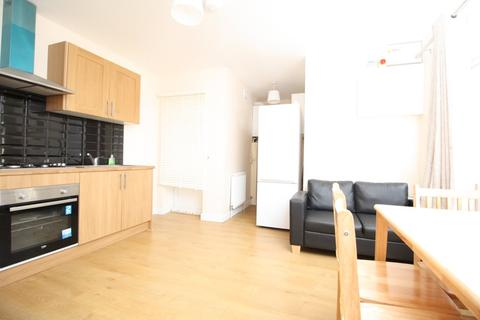 1 bedroom apartment to rent - South Ealing Road, Ealing