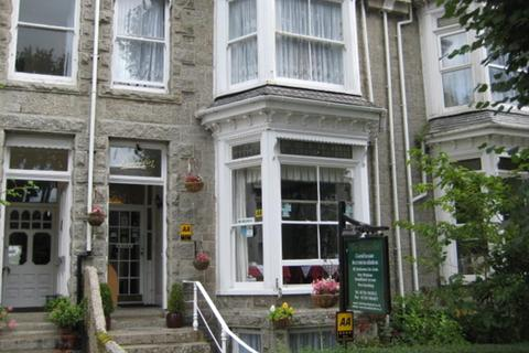 Guest house for sale - Freehold 10 Bedroom Guest House Located In Penzance