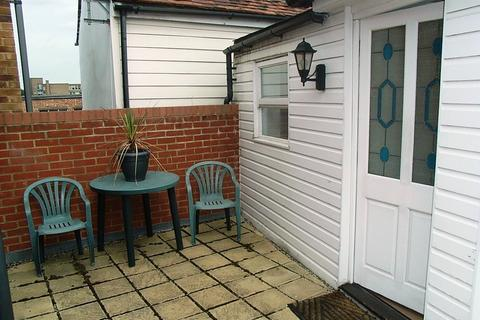 1 bedroom apartment to rent - George Street, Chelmsford, CM2