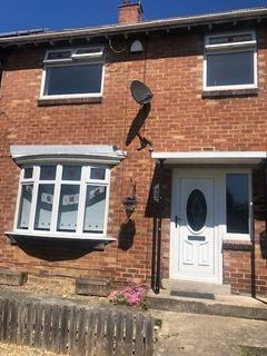 3 bedroom terraced house to rent - Barclay Place, Blakelaw , Newcastle upon Tyne, Tyne and Wear, NE5 3RA