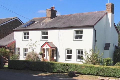 5 bedroom detached house for sale - The Green, Chignal St. James, Chelmsford, Essex, CM1
