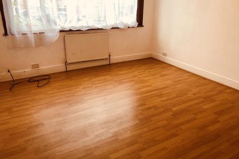 1 bedroom house share to rent - Bounds Green N11