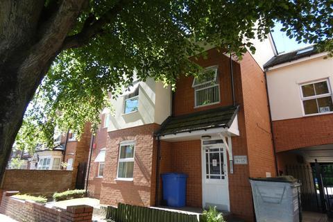 2 bedroom apartment to rent - Great Western Court, Acocks Green, Birmingham