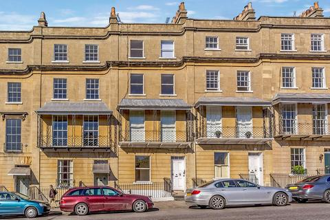 3 bedroom maisonette to rent - Raby Place, Bath