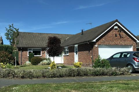 2 bedroom detached bungalow for sale - Hough, Cheshire
