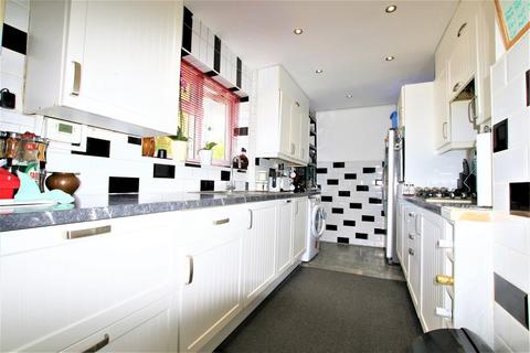 3 bedroom terraced house for sale - Slough