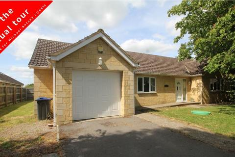 3 bedroom detached bungalow for sale - Manor Park, Great Somerford