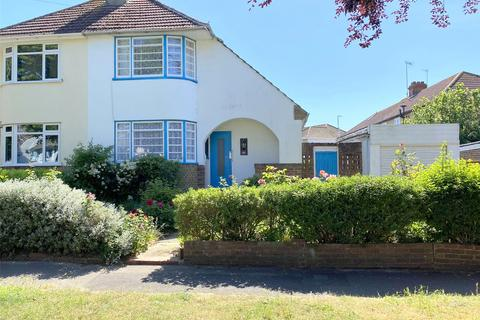 3 bedroom semi-detached house for sale - Monks Avenue, Lancing, West Sussex, BN15