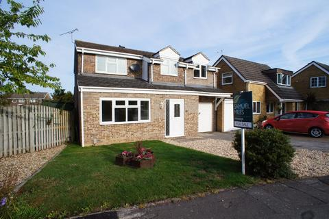 4 bedroom detached house for sale - Briars Close, Wootton Bassett