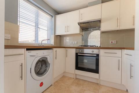 3 bedroom semi-detached house to rent - Sulis Manor Road, BA2 2AL