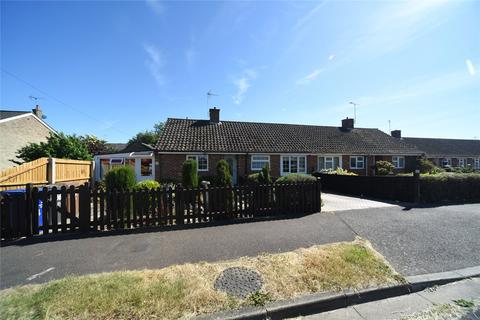2 bedroom bungalow for sale - Fleming Avenue, Mildenhall, Bury St. Edmunds, Suffolk, IP28