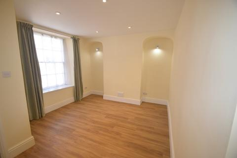 2 bedroom terraced house to rent - Helston Road, PENRYN