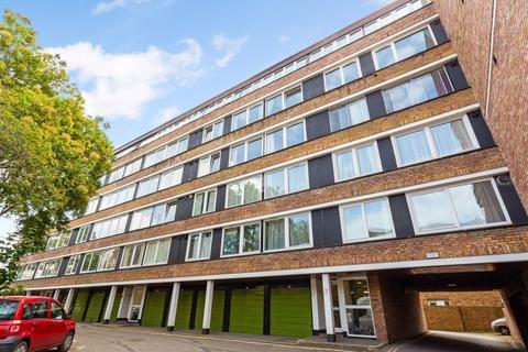 2 bedroom flat for sale - High Kingsdown, Bristol