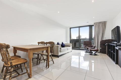 3 bedroom apartment to rent - Bermuda Way, Stepney, London, E1