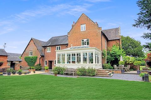 5 bedroom character property for sale - Milwich, Stafford