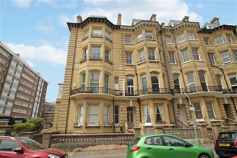 2 bedroom flat for sale - First Avenue, Hove