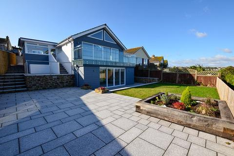 4 bedroom detached bungalow for sale - LOWER FOWDEN BROADSANDS PAIGNTON