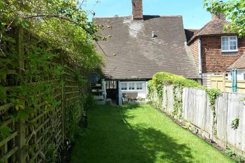 2 bedroom cottage for sale - Lyndhurst Cottages, High Street, Cranbrook, Kent TN17 3DR