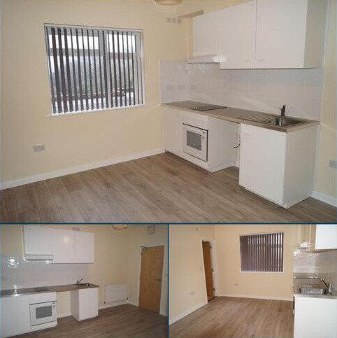 Studio to rent - Branksome Wood Road