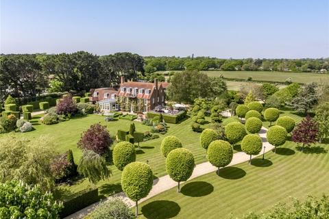 6 bedroom property with land for sale - Normandy Lane, Lymington, Hampshire, SO41