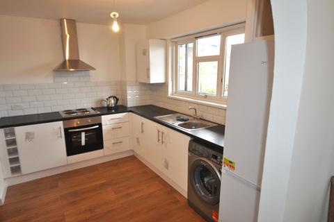 4 bedroom flat to rent - Jubilee Street E1