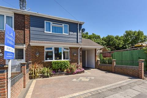 3 bedroom house for sale - Simon Way, Southampton