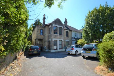 2 bedroom flat to rent - 13 Alumhurst Road, Westbourne, Bournemouth