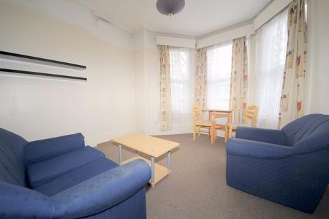 1 bedroom flat to rent - Meadowcroft Road, LONDON, N13