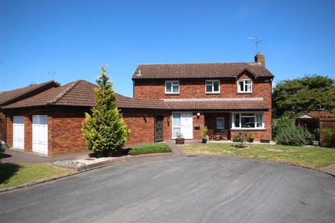 4 bedroom detached house for sale - Romney Way, Shaw, Swindon