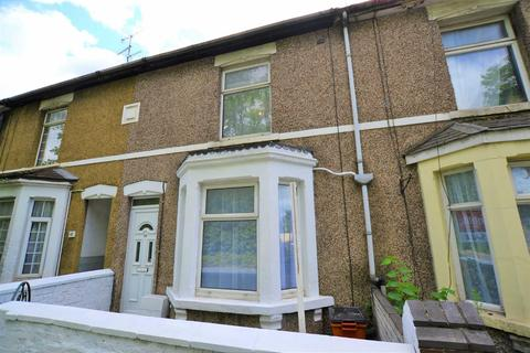 3 bedroom terraced house for sale - Station Road, Swindon