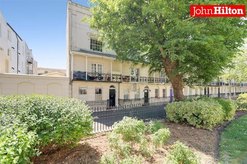 2 bedroom flat for sale - Russell Square, Brighton