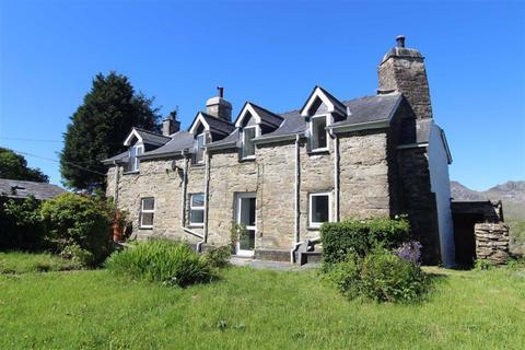 4 bedroom property with land for sale - Tyddyn Gwyn, Blaenau Ffestiniog
