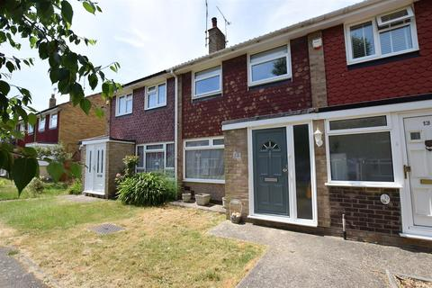 3 bedroom terraced house for sale - Monmouth Close, RAINHAM