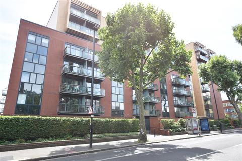 1 bedroom apartment for sale - London Road, Isleworth