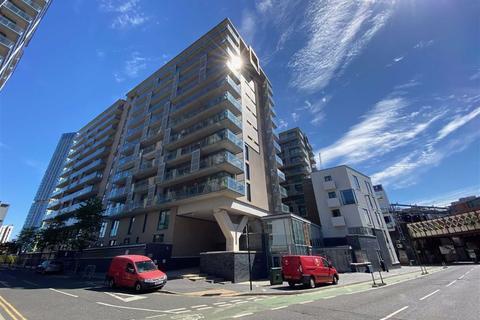 2 bedroom flat for sale - Spectrum, Blackfriars Road, Salford