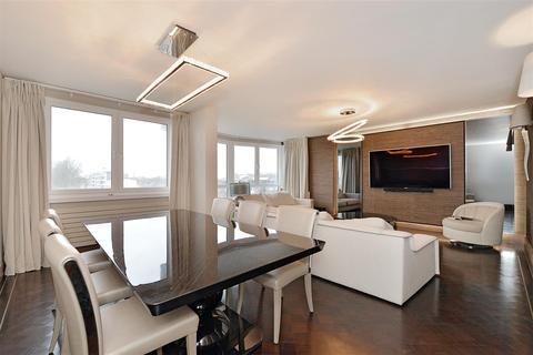 4 bedroom flat - Castleacre, Hyde Park Crescent W2