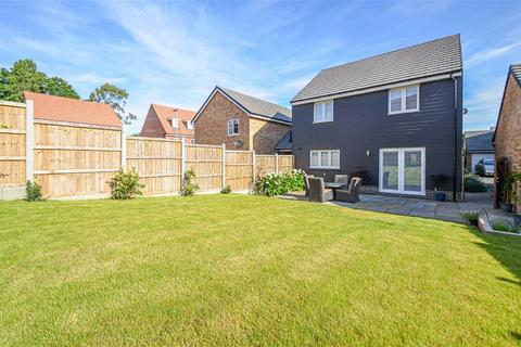 4 bedroom detached house for sale - Bartlett View, Hockley, Essex