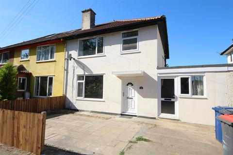 4 bedroom semi-detached house for sale - Peverel Road, Cambridge