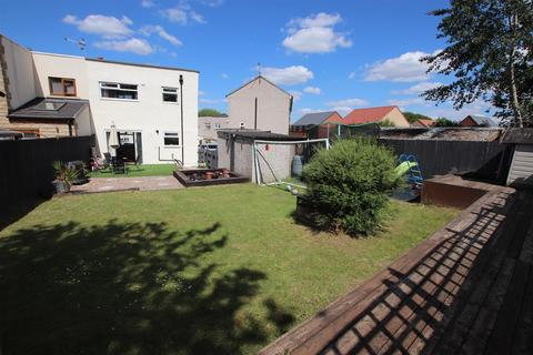 2 bedroom semi-detached house for sale - Holybrook Avenue, Greengates