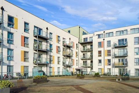 1 bedroom flat to rent - Cosmopolitain Court, Enfield