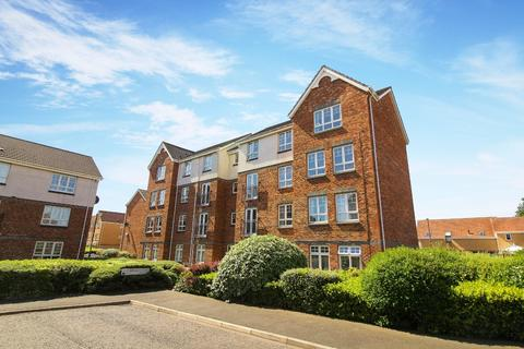 3 bedroom flat for sale - Beachborough Close, North Shields
