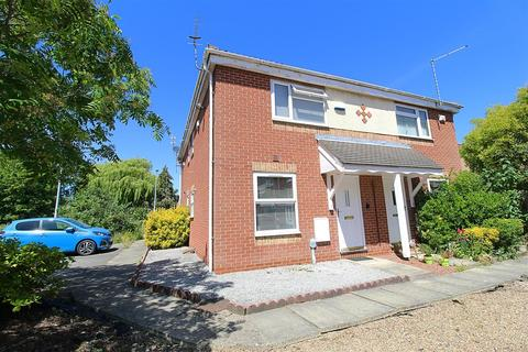 1 bedroom end of terrace house for sale - Canon Tardrew Court, Hessle