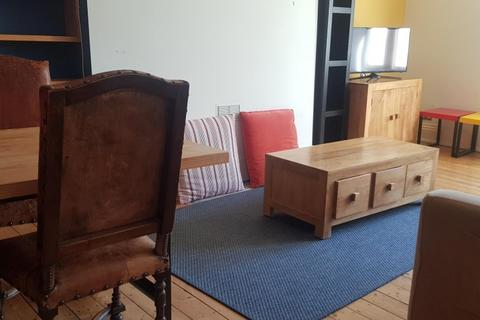 2 bedroom property to rent - Church Road, BRIGHTON BN3