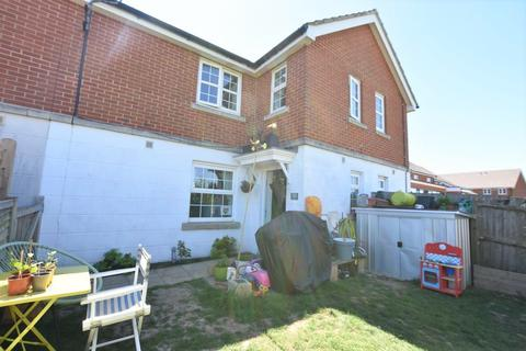 2 bedroom cluster house for sale - Flint Way, Peacehaven, BN10 8GN